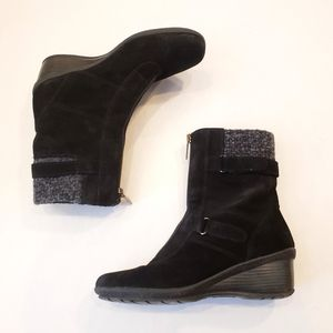 EUC Aquatalia by Marvin K Suede Ankle Boots